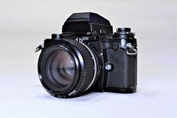 レンズ交換式フィルムカメラ